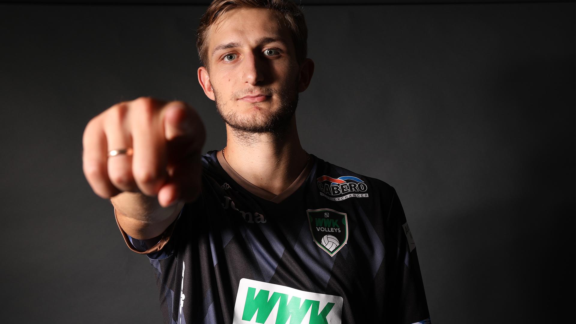 Er ist zurück - Artem Sushko (3)
